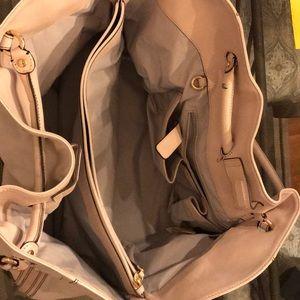 Cole Hahn purse